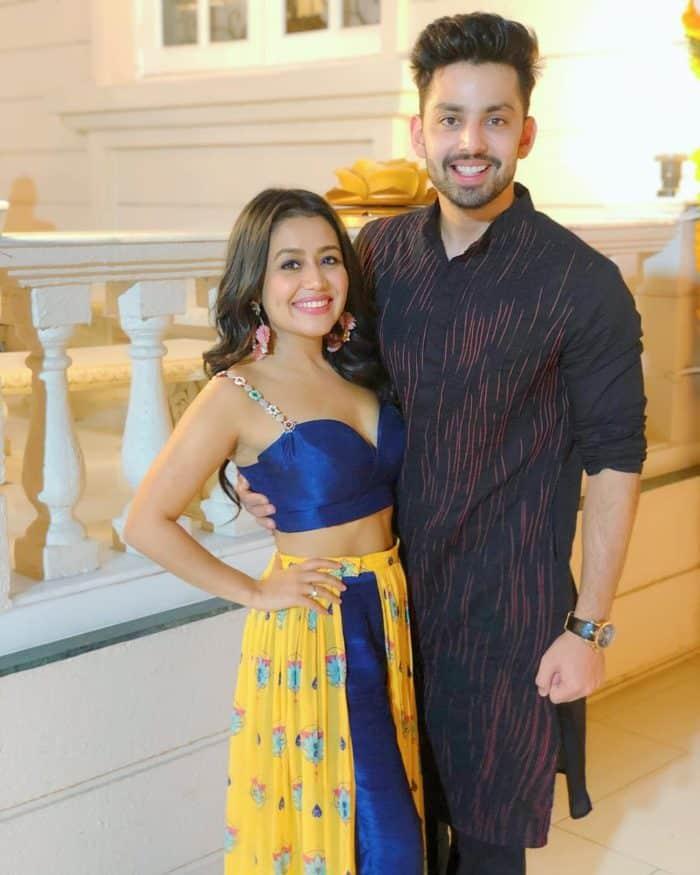 नेहा कक्कर अपने पूर्व प्रेमी हिमांश कोहली के साथ