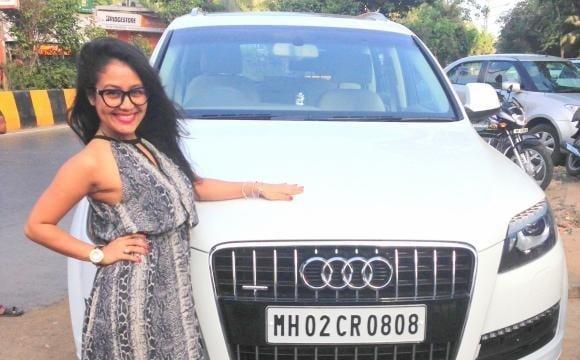 neha-kakkar-car-biography-car