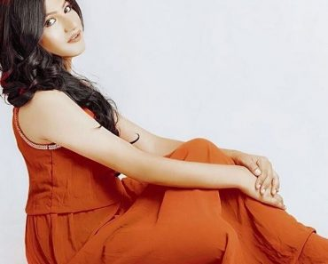 mahika-sharma-biography-in-hindi