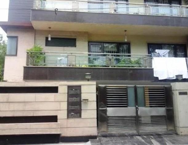 Virat-kohli-meera-bagh-house